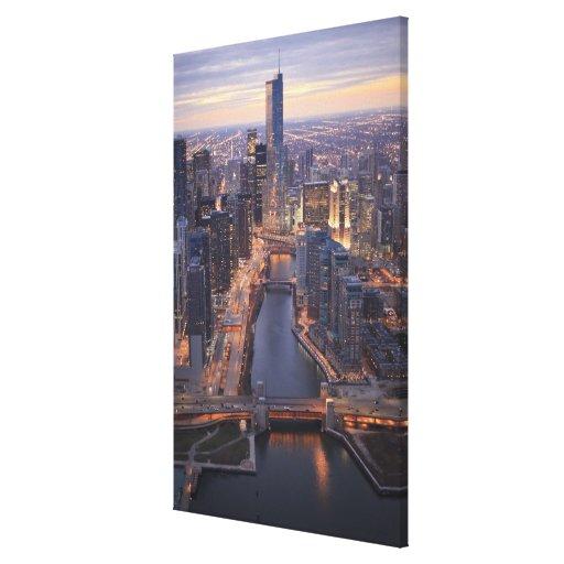 Torre del río Chicago y del triunfo desde arriba Lona Envuelta Para Galerías