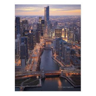 Torre del río Chicago y del triunfo desde arriba Tarjeta Postal