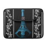 Torre Eiffel artística con las fronteras florales Funda Para Macbook Pro