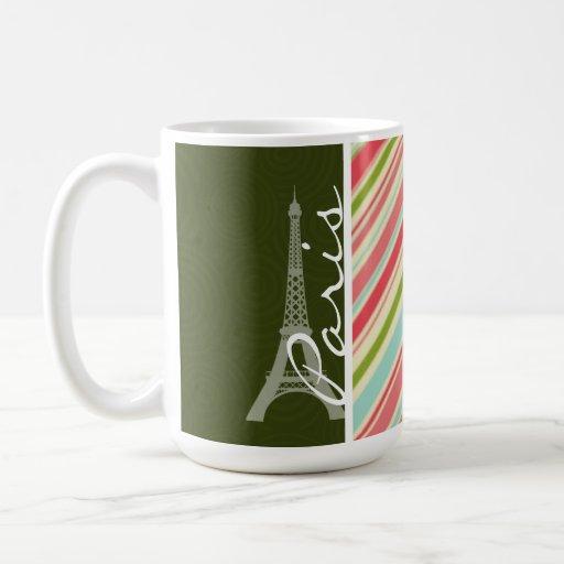 Torre Eiffel con las rayas coralinas y verdes Taza Básica Blanca