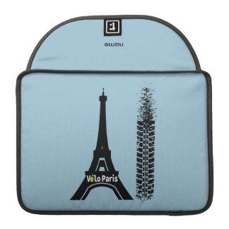 Torre Eiffel de la bici de Velo París Fundas Para Macbook Pro