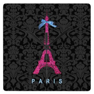 Torre Eiffel de las rosas fuertes en falso brillo Reloj Cuadrado