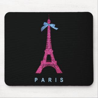 Torre Eiffel de las rosas fuertes en falso brillo Tapetes De Ratones