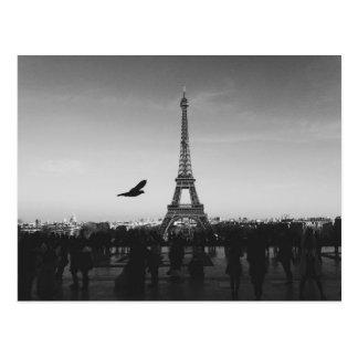 Torre Eiffel en blanco y negro Postales