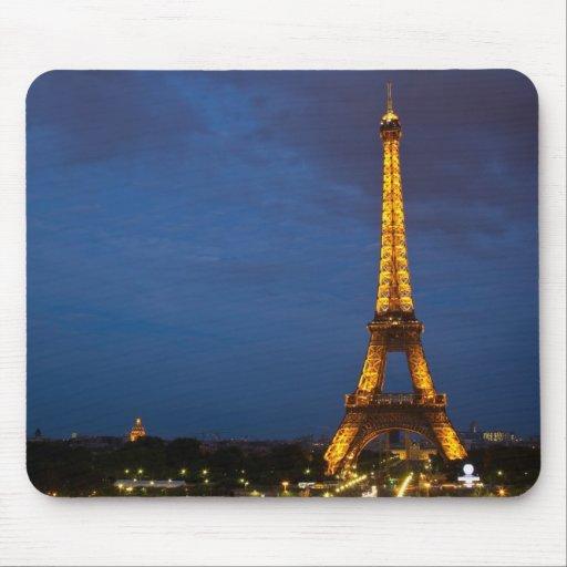 Torre Eiffel en la noche Alfombrillas De Ratón