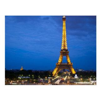 Torre Eiffel en la noche Postal