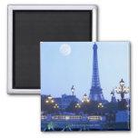 Torre Eiffel en la oscuridad Imán Cuadrado