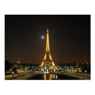 Torre Eiffel en la postal de la noche