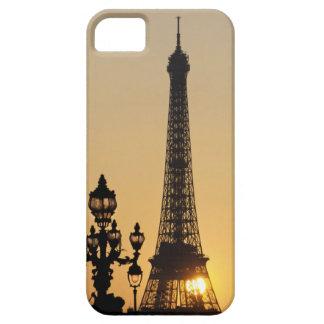Torre Eiffel en la puesta del sol iPhone 5 Carcasas