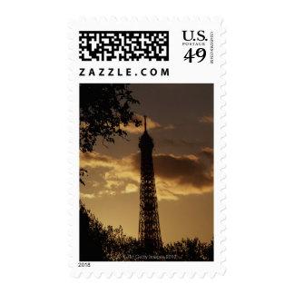 Torre Eiffel en la puesta del sol, París, Francia Sello