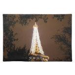 Torre Eiffel en París, Francia en la noche Manteles