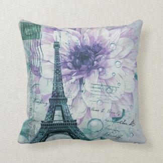 torre Eiffel floral púrpura de París del vintage Cojín Decorativo