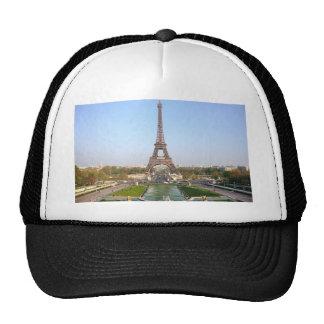 Torre Eiffel Trucker Hats
