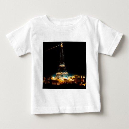 Torre Eiffel iluminada en la exposición 1900 de Playera De Bebé