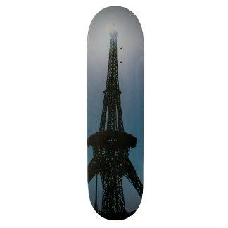 Torre Eiffel, jardín del milagro de Dubai Patines