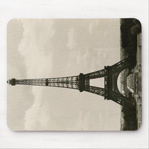 Torre Eiffel negra y blanca del vintage Alfombrilla De Raton