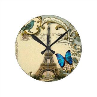 Torre Eiffel París de la mariposa de los remolinos Reloj Redondo Mediano