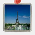 Torre Eiffel, París, Francia Ornatos