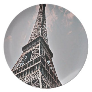 Torre Eiffel Plato