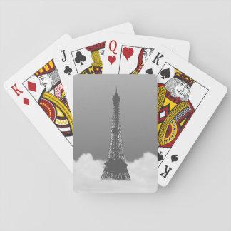 Torre Eiffel romántica que flota en nube Cartas De Juego