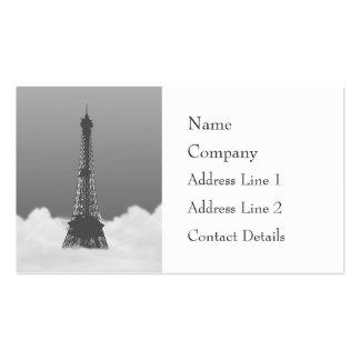 Torre Eiffel romántica que flota en nube Tarjetas De Negocios