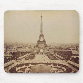 Torre Eiffel y Champ de Mars Mousepad Tapetes De Raton
