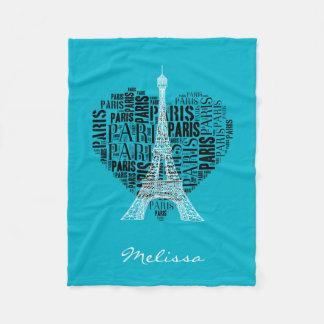 Torre Eiffel y inscripciones París en corazón Manta Polar