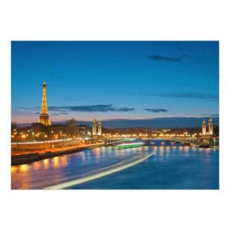 Torre Eiffel y Pont Alejandro III en la noche Invitaciones Personales