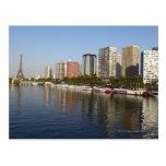 Torre Eiffel y río Sena Tarjeta Postal