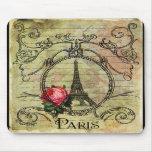 Torre Eiffel y rosa rojo Steampunk de París Tapetes De Ratón
