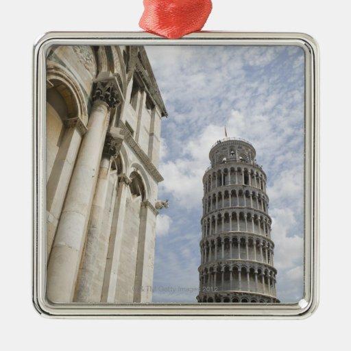 Torre inclinada de Pisa Adornos