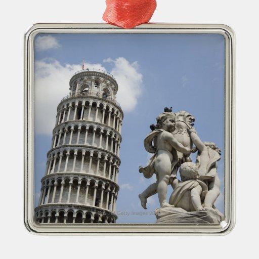 Torre inclinada de Pisa y de la estatua, Italia Adorno De Reyes