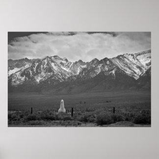 Torre que consuela del alma humillada por el Mount Póster
