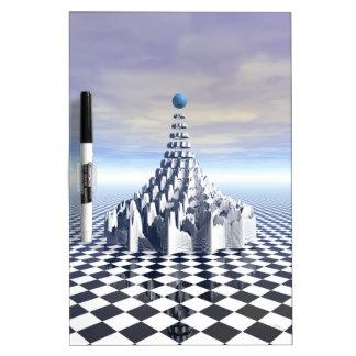 Torre surrealista del fractal tablero blanco