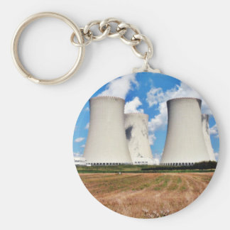 Torres de enfriamiento de una central nuclear llavero redondo tipo pin