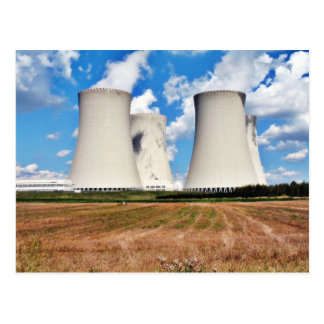 Torres de enfriamiento de una central nuclear tarjetas postales