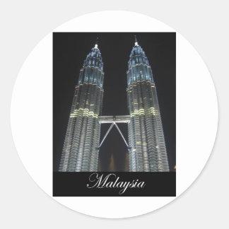 Torres de Petronas en la noche Etiqueta Redonda
