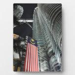 Torres de Petronas en la noche Placas Con Fotos