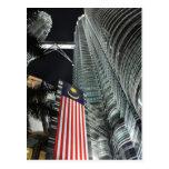 Torres de Petronas en la noche Postal