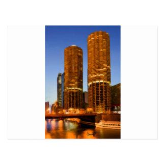 Torres del puerto deportivo de Chicago Tarjeta Postal