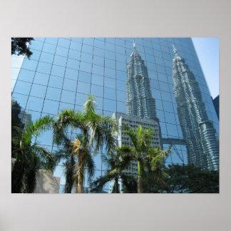 Torres reflejadas de Petronas Póster