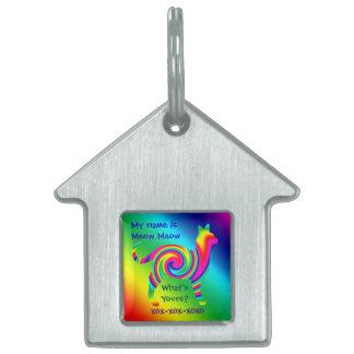 Torsión formada gato del arco iris placas de nombre de mascota