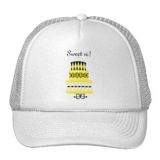Torta amarilla y negra del fiesta gorras de camionero