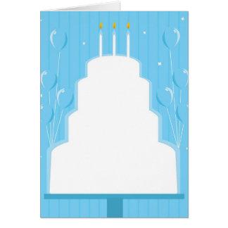 Torta de cumpleaños blanca en azul tarjetón