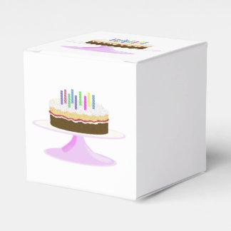 Torta de cumpleaños cajas para regalos