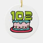 Torta de cumpleaños de 102 años ornamentos de reyes