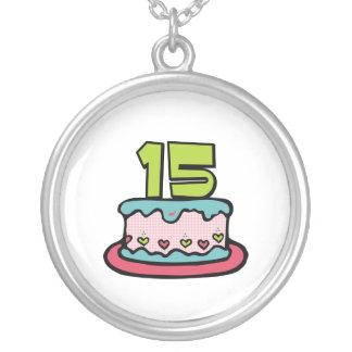 Torta de cumpleaños de 15 años colgante redondo