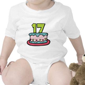 Torta de cumpleaños de 17 años traje de bebé