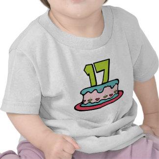Torta de cumpleaños de 17 años camiseta