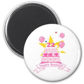 Torta de cumpleaños de 22 años imán redondo 5 cm